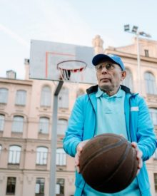 How To Install An Outdoor Basketball Hoop?